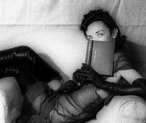 prohibido-leer-literatura-erotica