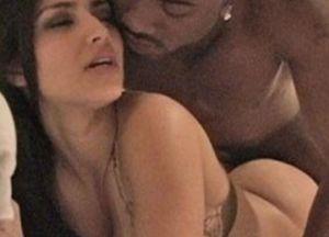 kim-kardashian-follando